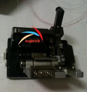 Fibra-ottica-taglia-fibra